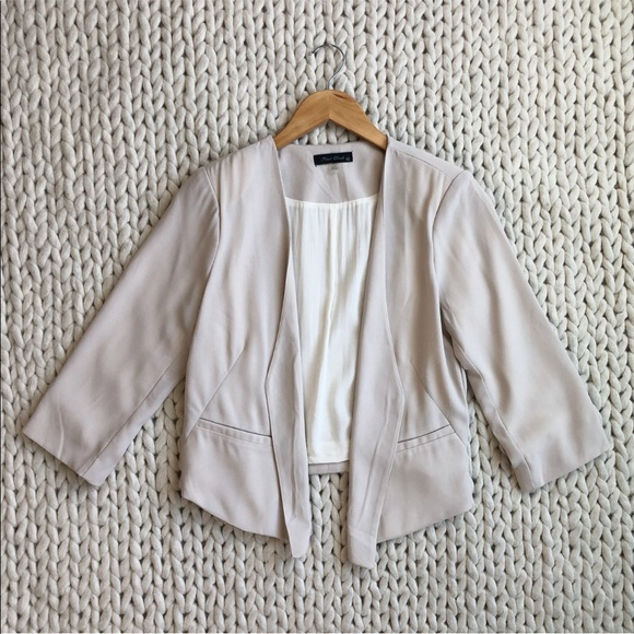 Final Touch Jackets & Blazers - 3 for $25 SALE Cream Beige Slightly Cropped Blazer